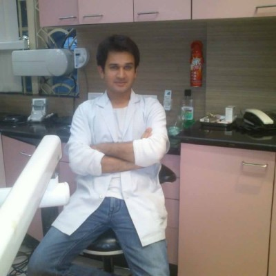 Reviews for dentist Dr. Dilip Raj Purohit in Kolkata, India