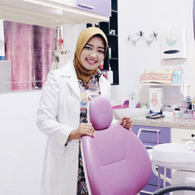 Reviews for dentist Dr. Drg Evi Suhervi in Gunung Samarinda, Kalimantan Timur, Indonesia